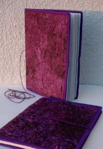 Daga-A4-violett
